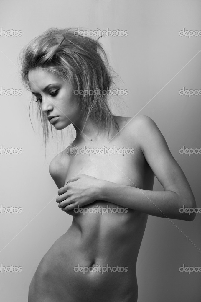 Nude elegant girl.Beautiful woman. Fashion art photo. — Stock Photo #2278182