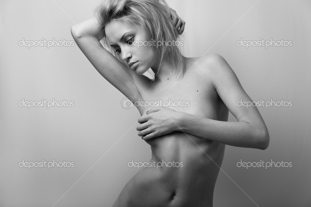 Nude elegant girl.Beautiful woman. Fashion art photo. — Stock Photo #2278203