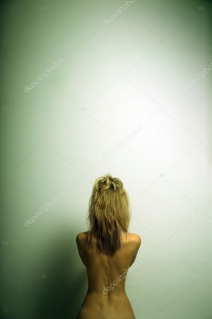 Portrait of nude elegant woman. Fashion photo — Stock Photo #2279057